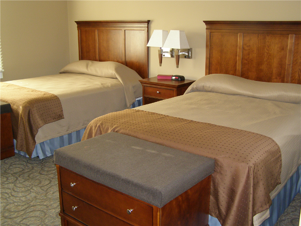 The RRC has 24 hotel-style bedrooms with private bathrooms. Each room features provided linens and towels, individual climate control, alarm clocks & hair dryers.